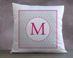coussin-monogramme-rose-1-zoom